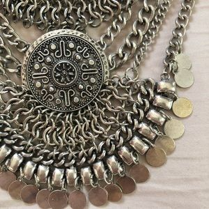 Forever 21 | Tribal necklace